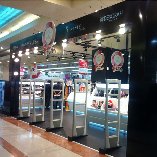 L'Oreal Shop in Shop