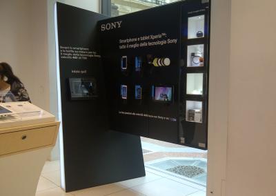 Corner Sony, galleria Vittorio Emanuele, Milano